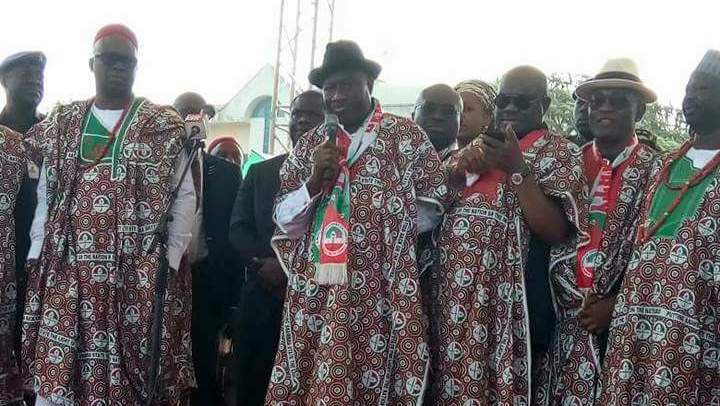 Jonathan storms Anambra to campaign for Ob