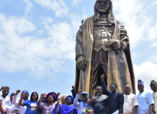 Lagos unveils 44-feet high statue in honour of Gani