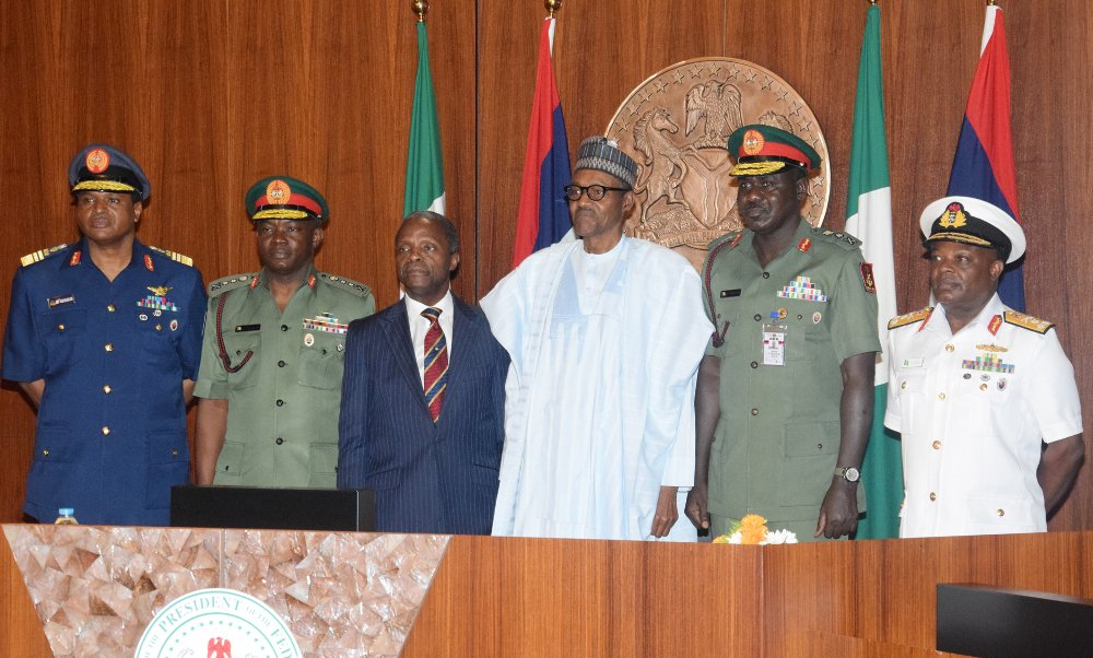 Buhari in crucial meeting with Service Chiefs to appraise security situation